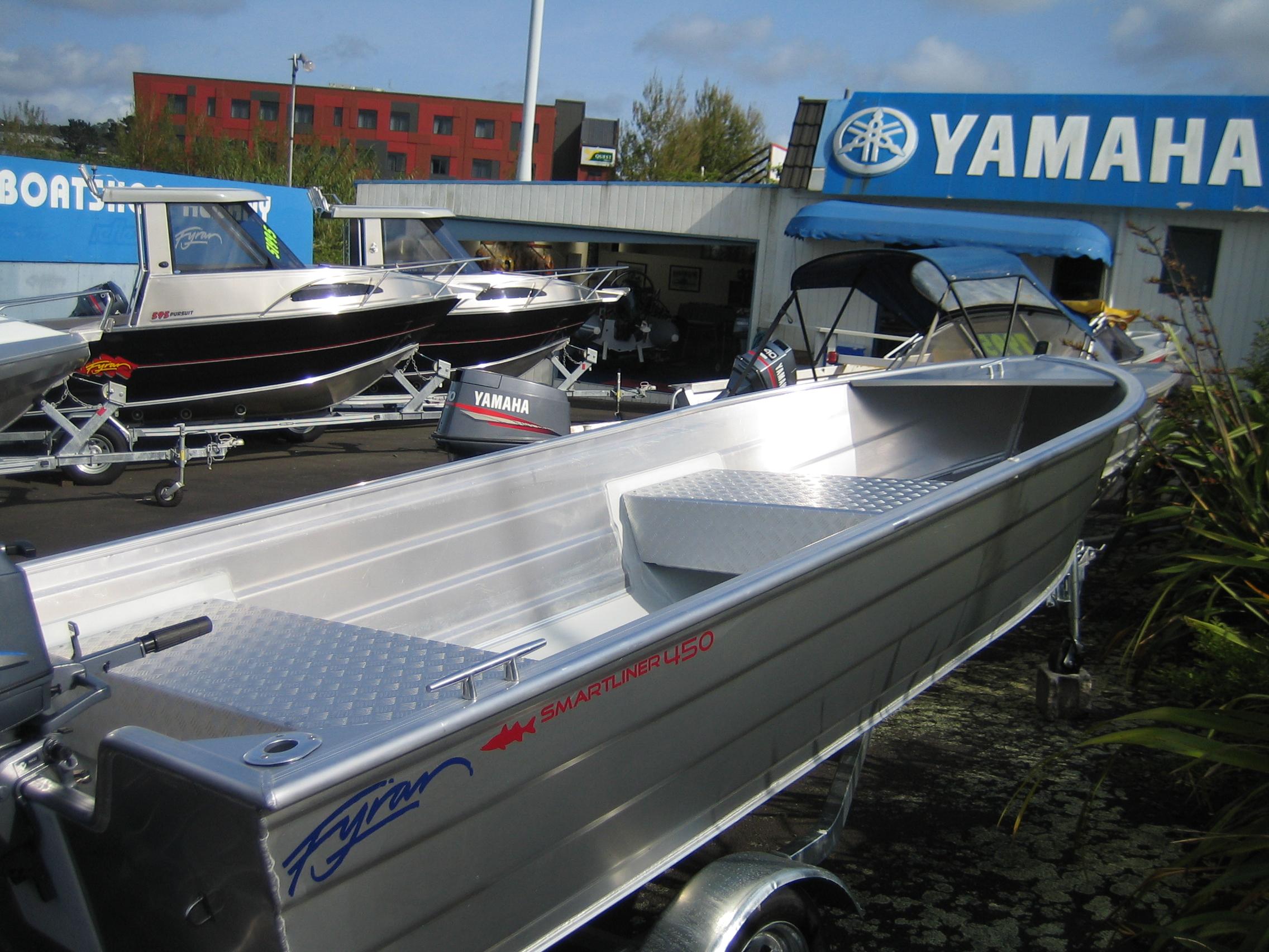Boat for sale fyran 450 smartliner 2012 for Outboard motors for sale nz